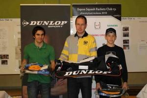 2. kaavion voittajat 1. Heikki Ruotanen (kesk.), 2. Riku Mehta (vas.) ja 3. Miko Äijänen (oik.)